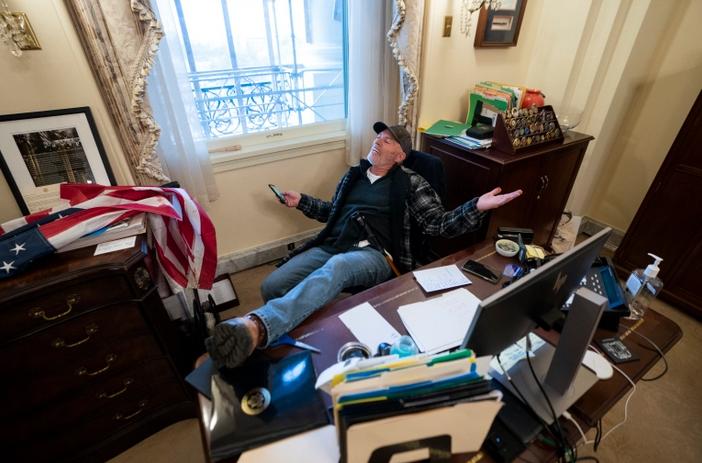 Barnett in Pelosi's Office